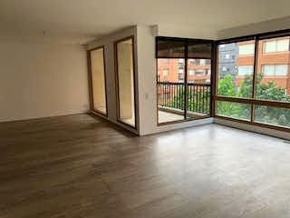 Una vista de una sala de estar y comedor en Apartamento en Venta en Bochica de 257 mt