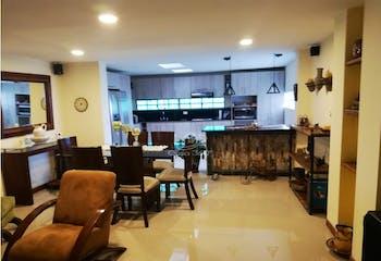 Casa en venta en El Tesoro de 4 alcobas