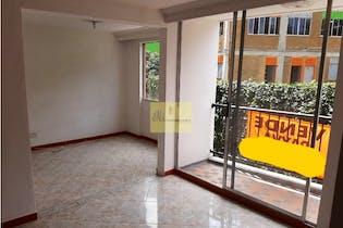 Apartamento en venta en Altamira de 3 hab. con Piscina...