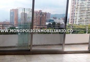 Apartamento en venta en Los Balsos de 170m² con Piscina...