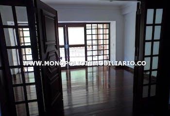 Casa en venta en El Tesoro con acceso a Gimnasio