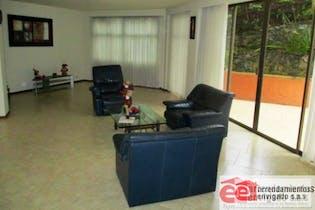 Casa en venta en El esmeraldal, 458mt con terraza