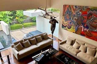 Casa en venta en Lomas de Bezares con terraza.