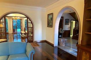 Casa en venta en Jardines en la Montaña de 434 mt2.