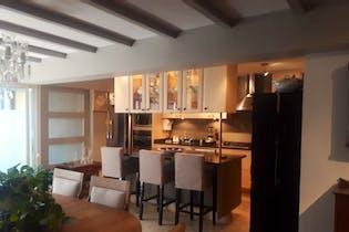 Casa en venta en Jardines del Ajusco de 190 mt2. con 3 niveles.