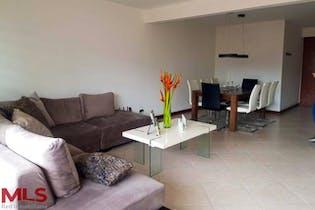 Apartamento en La Aguacatala, Poblado - 135mt, tres alcobas, balcón