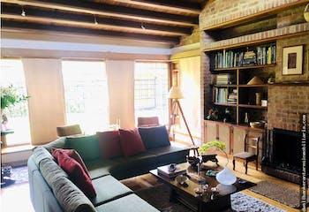Casa en venta en Santa Ana 667m²