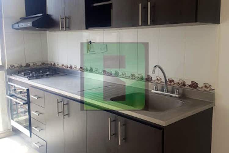 Portada Apartamento en venta en Niquia, 68mt con balcon.
