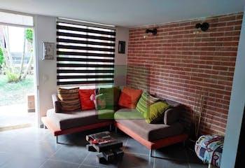 Casa en venta en Niquia, 135mt de cuatro niveles.