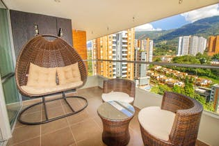 Apartamento en Venta en El Esmeraldal de 98 mt2. con balcón