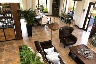 Casa en venta en La Cabaña con Jardín...