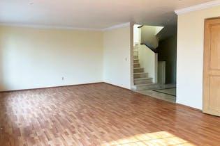 Casa en venta en Hacienda De Las Palmas, 516mt