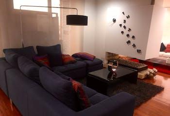 Apartamento con chimenea de gas, en Fontibón de 164m2