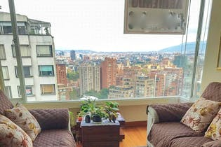 Apartamento con hall de entrada, en Rosales de 113.60m2