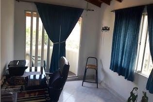 Casa en venta en Loma De Los Bernal de 4 hab. con Bbq...
