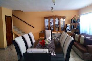 Casa en venta en San Juan Tlihuaca de 150 mt con balcón