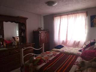 Un dormitorio con una cama y una cómoda en Casa en venta en Puente Blanco de 300mt2