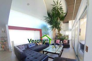 Casa en venta en Res Chiluca, 566mt con terraza