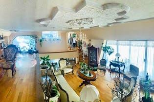 Casa en venta en Jardines en la Montaña de 880 mt