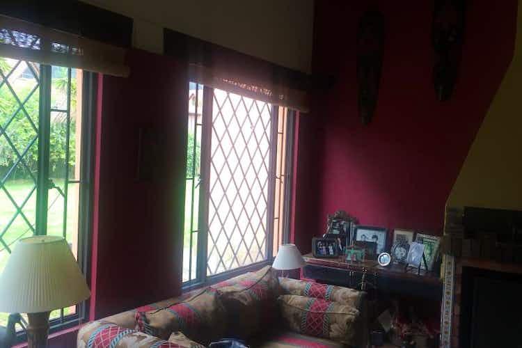 Portada Casa campestre en venta en Chia Vereda Cerca De Pieda 4 habitaciones