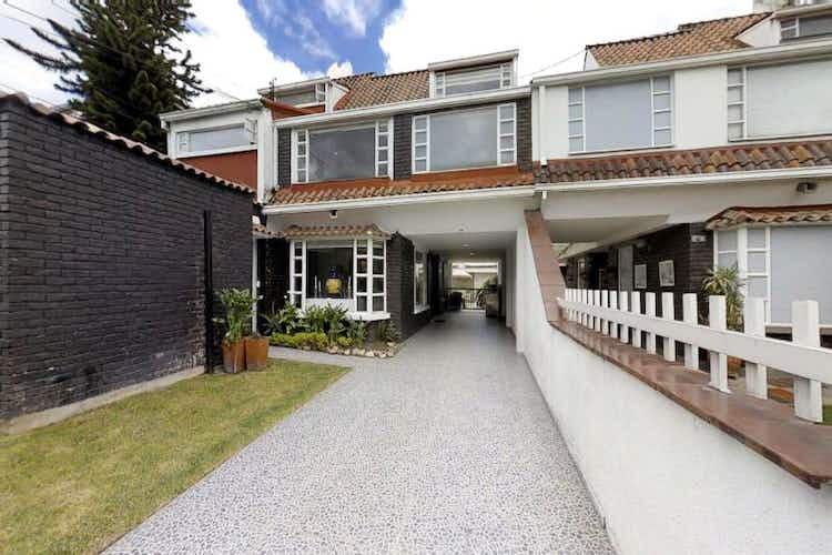 Portada Casa en venta en Bogota Iberia 6 habitaciones