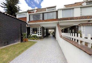 Casa en venta en Prado Veraniego de 6 hab. con Zonas húmedas...