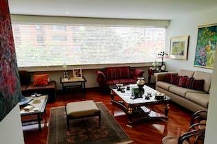 Apartamento En Venta En El Retiro, de 214,8mtrs2 con chimenea
