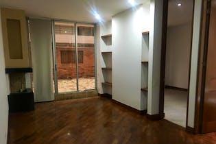 Apartamento En venta En La Calleja, de 79mtrs2 con chimenea