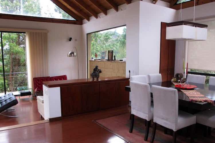 Portada Casa en venta en Casco Urbano La Calera de 288 mt con balcón