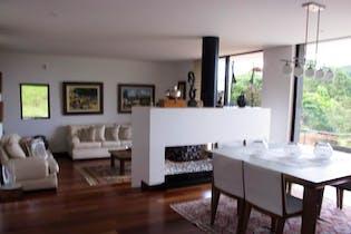 Casa en venta en Casco Urbano La Calera de 266 mts2
