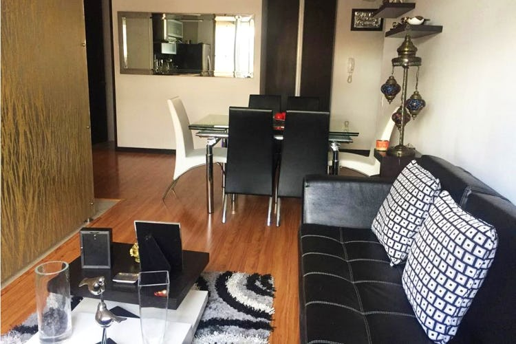 Portada Apartamento en Santa Barbara, con 2 Habitaciones - 78 mt2.