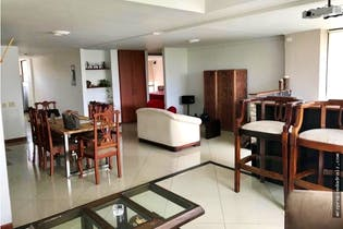 Apartamento en venta en Santa María de los Ángeles de 156 mts2