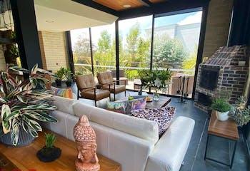 Casa en venta en Acuarela, 2635mt de dos niveles.