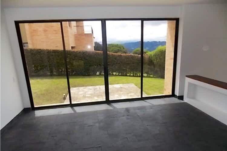Portada casa en Chía-Cundinamarca, con 3 habitaciones - 850 mt2.