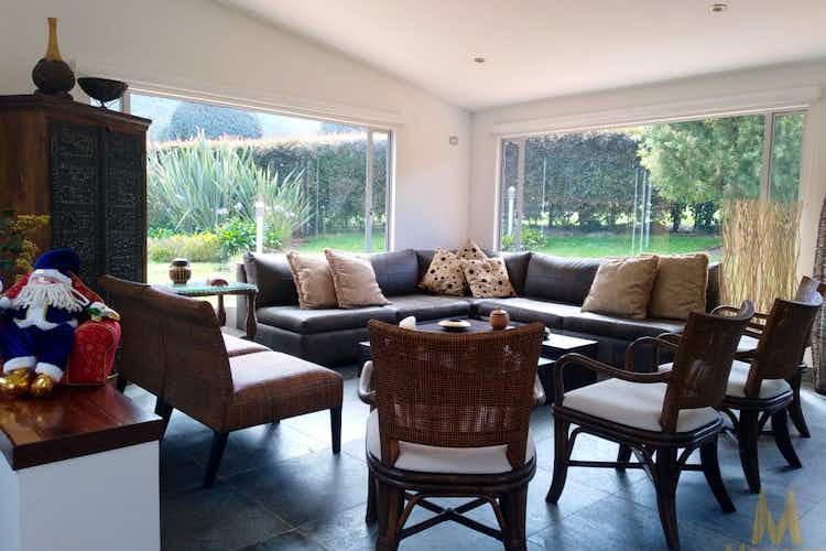 Portada Casa en venta en Hatogrande de 1070mt2