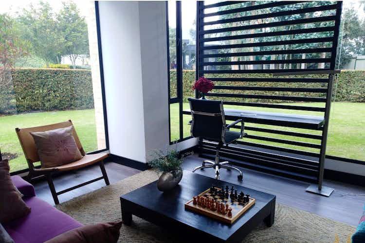 Portada  Casa en venta en Pueblo Viejo de 725mt2 con terraza.