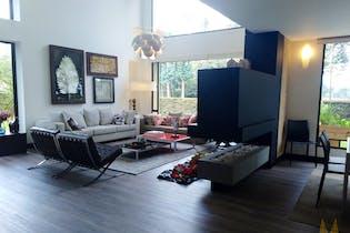 Casa en venta en Pueblo Viejo, Cota - 670mt de dos niveles.