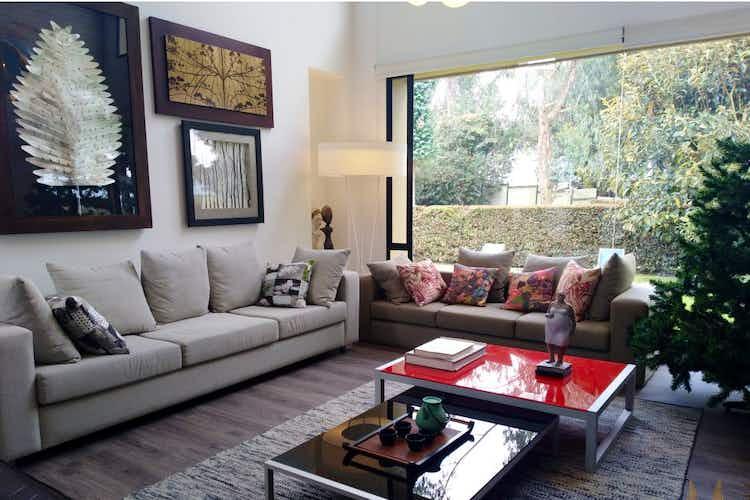 Portada Casa en venta en Pueblo Viejo, Cota - 579mt de dos niveles.