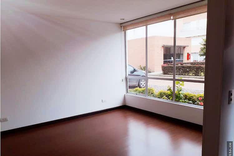 Portada Casa en venta en Casco Urbano Chía de 3 niveles.