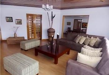 Apartamento en venta en Barrio La Carolina de 4 habitaciones