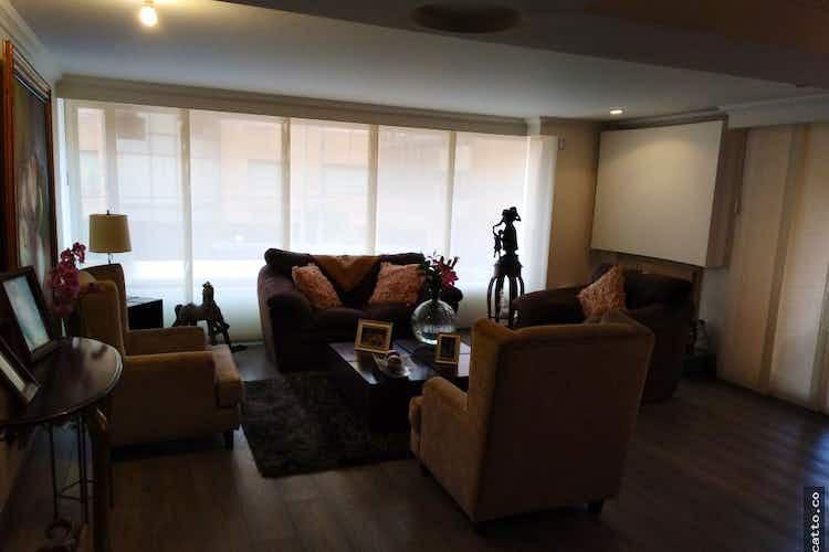 Portada Apartamento en venta en Rincón del Chicó con Chimenea
