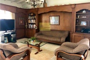 Apartamento en venta en Conquistadores de 4 alcobas
