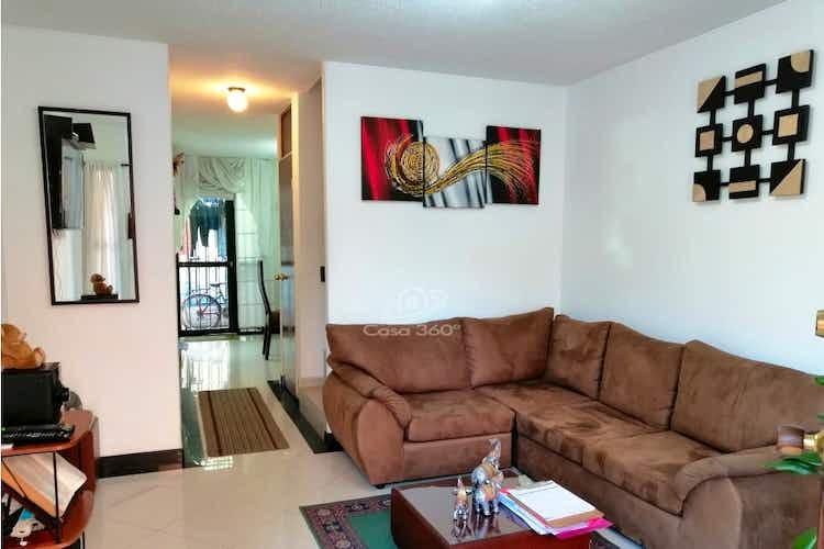 Portada Casa en venta en Las Orquídeas con 5 habitaciones.