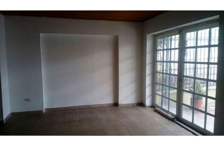 Portada Casa en  Bogotá-San Felipe, con 4 Habitaciones - 91 mt2.