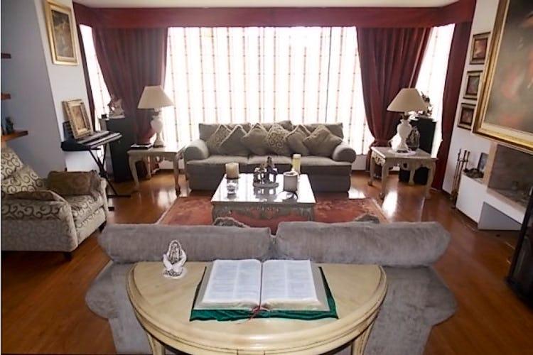 Portada Casa en Chía-Cundinamarca, con 4 Habitaciones - 780 mt2.