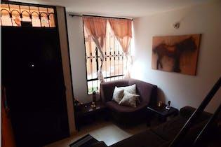 Casa en venta en Sabana de Tibabuyes, 65mt tres niveles.