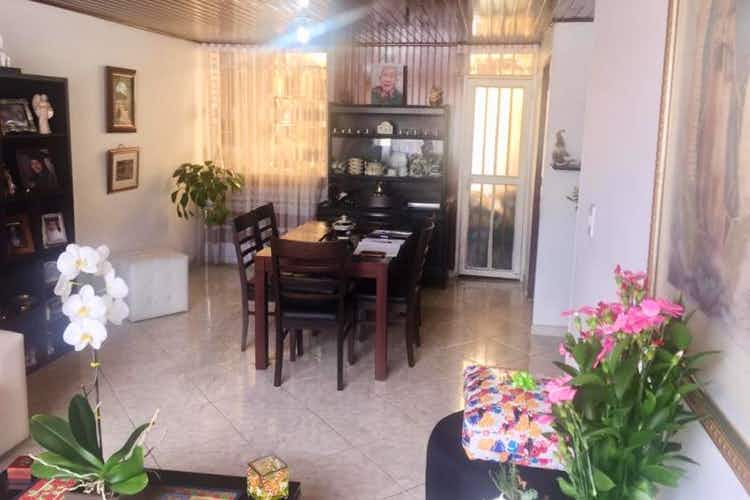 Portada Casa en venta en Santa Maria Del Lago, 196mt