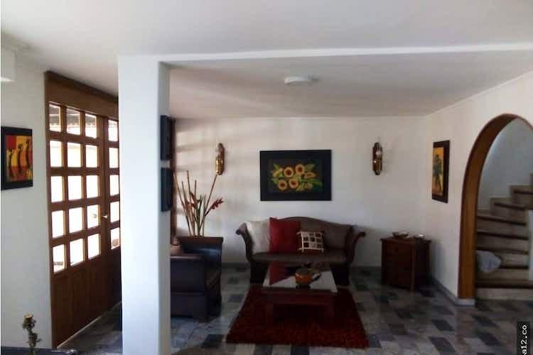 Portada Casa en venta en Batan, 240mt dos niveles.