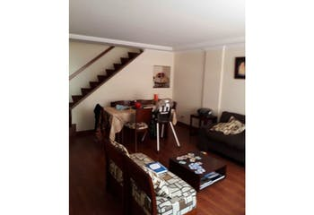 Casa en Santa Helena, Colina Campestre - 190mt, tres alcobas, terraza
