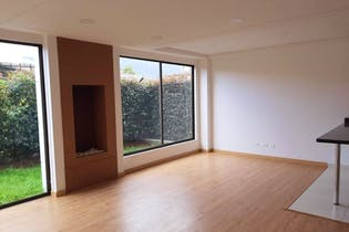 Casa en venta en Chuntame de 212mts2, tres niveles